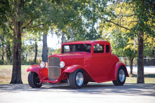 1932 Ford Five-Window Coupe Street Rod
