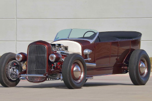 "1927er Ford Model T Touring Street Rod: ""Voodoo Doll"""