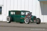 Old School Hot Rod in Farbe – 1929er Ford A Sedan: Born in the USA - made in England - Custom-Hot Rod á la Barris & Co.