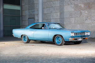 1968er Plymouth Satellite: Intermediate for Three