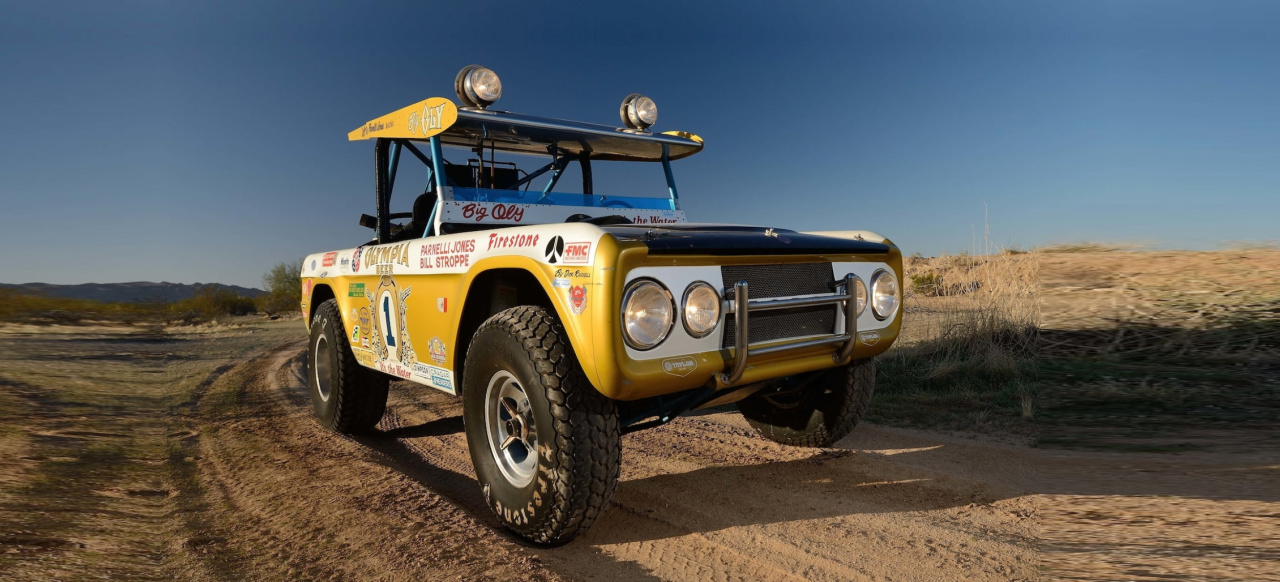 "Motorsport Legende bei Mecum: Parnelli Jones' berühmter ""Big Oly"" Ford Bronco Baja Racer"