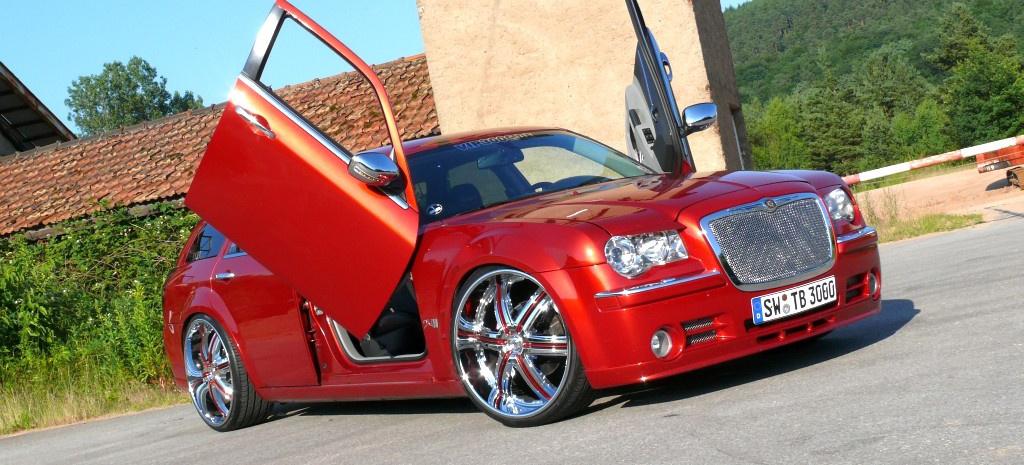 Amerikanisches Auto mit Style und 24 2007er Chrysler 300C ...