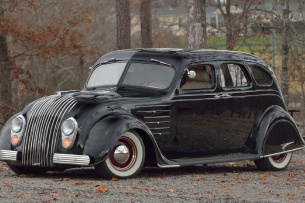 1934er Chrysler Airflow Street Rod – made by Honest Charlie's Speed Shop: Street Rod Streamliner