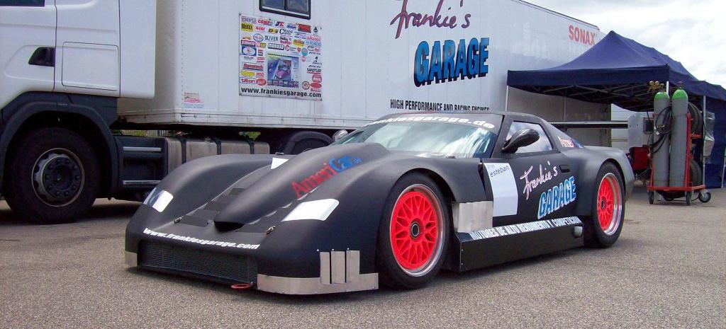 Frankie 39 s garage us car spezialist f hrt 2011 mit for Garage automobile paris 16
