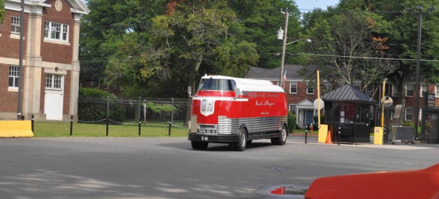 5 Mio $: GM Futurliner als teuerste Ebay Auction: Parade of Progress - Tournee-Bus / mit Video!