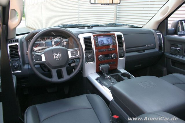 us car schwergewicht 2009er dodge ram der neue dodge pick up im ersten fahrbericht americar. Black Bedroom Furniture Sets. Home Design Ideas